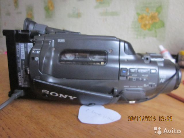 Sony CCD-FX270E купить в