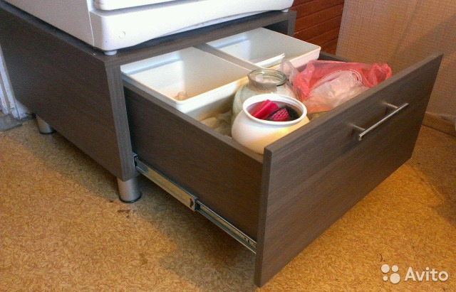 Как сделать удобный ящик для игрушек на колесах своими руками 45