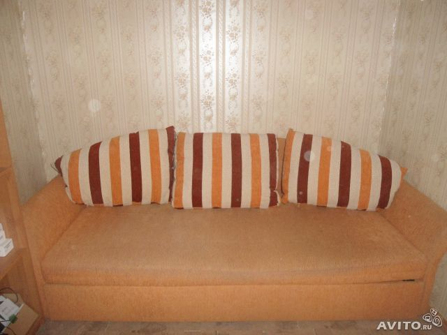 угловые диваны в стиле хай тек