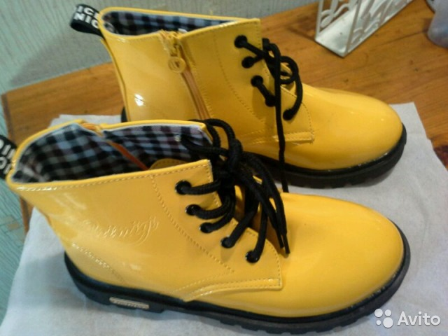 5d812c1f13a7 Ботинки желтые лаковые купить в Курской области на Avito ...