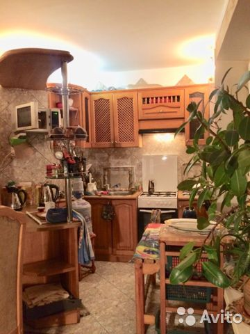Продается многокомнатная квартира за 5 300 000 рублей. 9-я линия Первомайского поселка,4/12.