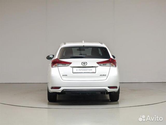 Купить Toyota Auris пробег 46 327.00 км 2015 год выпуска