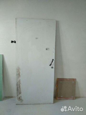 Дверь строительная