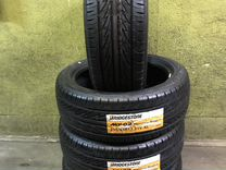 Bridgestone MY-02 Sporty Style 215/45 R17