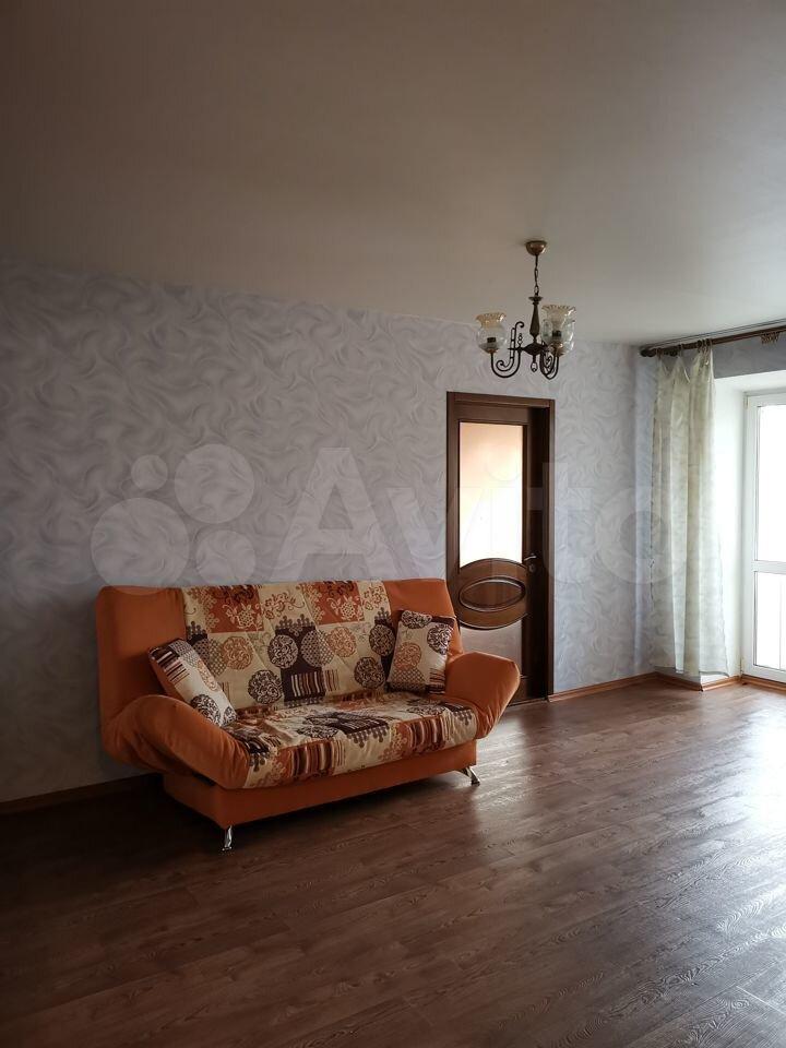 2-room apartment, 42 m2, 3/4 floor.  89612463011 buy 2
