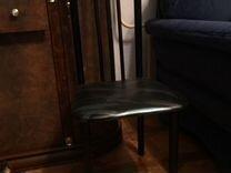 Продается кухонный стол и стулья