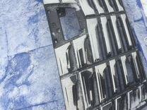 Решетка радиатора Toyota Alphard 3 б/у оригинал